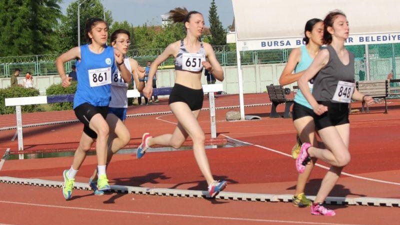 İzmitli atletler Bursa'da tecrübe kazandı