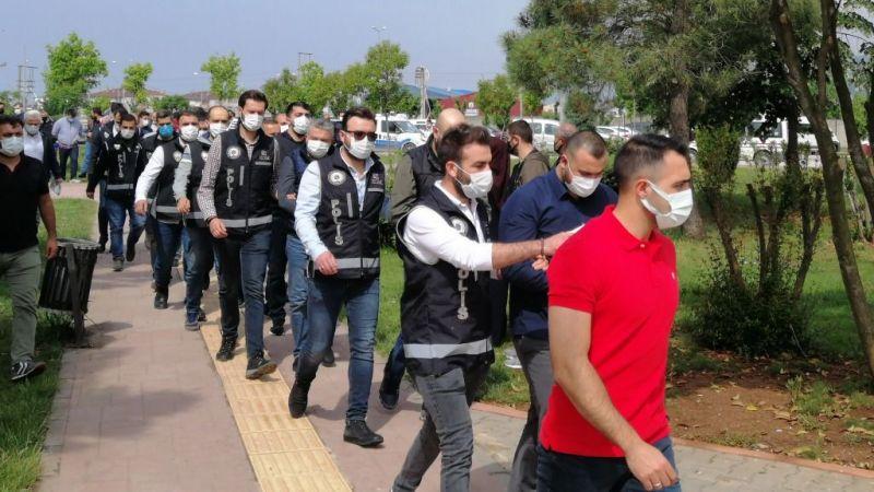 Silah kaçakçılığı yapan 9 kişi tutuklandı