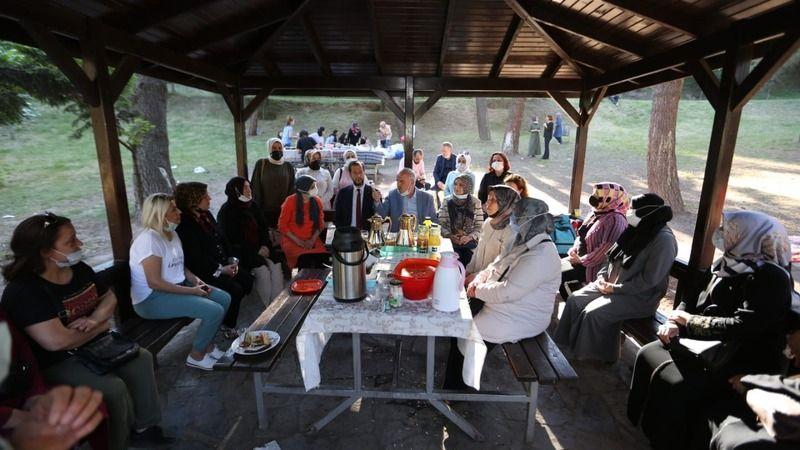 AK Parti Yenikent ailesi piknikte buluştu