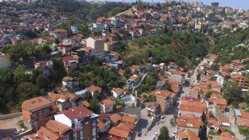 Cedit'te icradan satılık 2 katlı bina