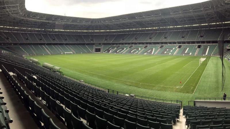 Kocaeli Stadyumunun çimleri bakıma alınacak
