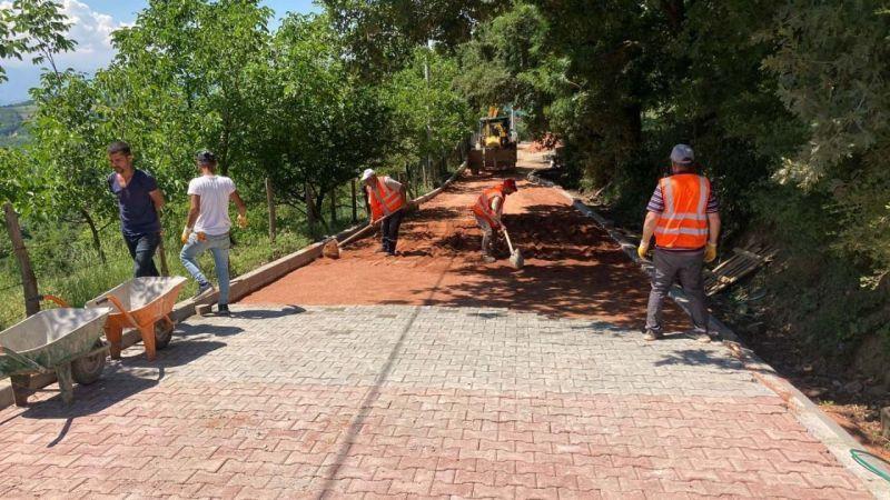 İzmit'in köylerine konforlu yollar yapılıyor