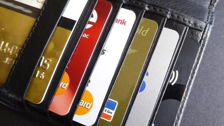 Kredi kartı kullananlar dikkat! Zam geldi