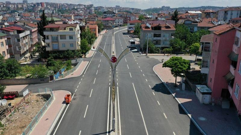 Darıca Cengiz Topel Caddesi'nde  yol çizgileri çizildi