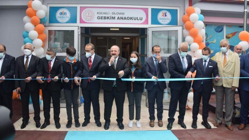 Bakan Varank, anaokul açılışına katıldı