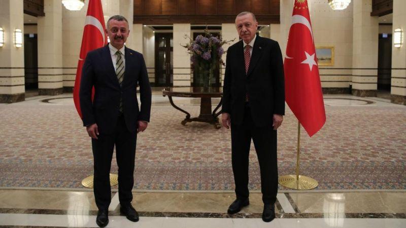 Büyükakın, toplantı öncesinde Erdoğan ile bir araya geldi