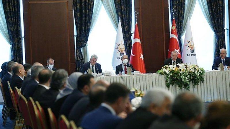 Erdoğan'ın milletvekilleriyle bir araya geldiği toplantıda Sedat Peker'in de adı geçti