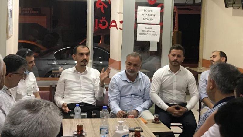 AK Parti İzmit'ten eş zamanlı 102 mahalle toplantısı