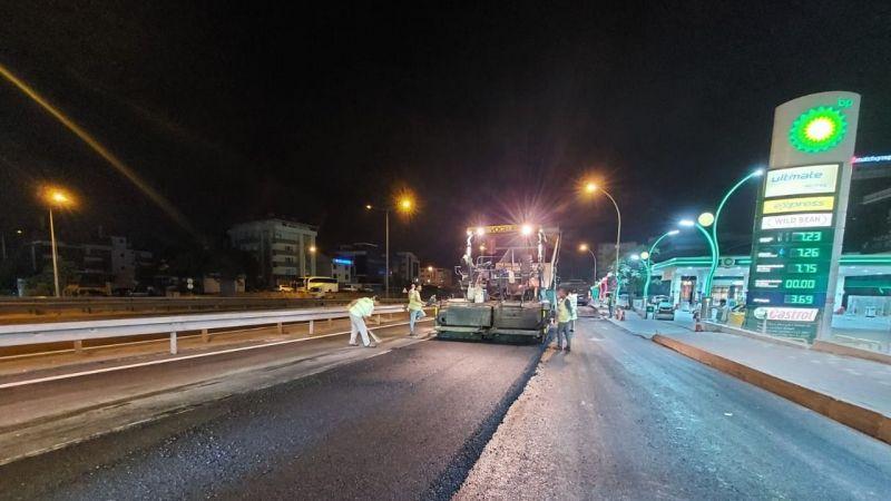 Büyükşehir ekipleri gece gündüz çalışıyor