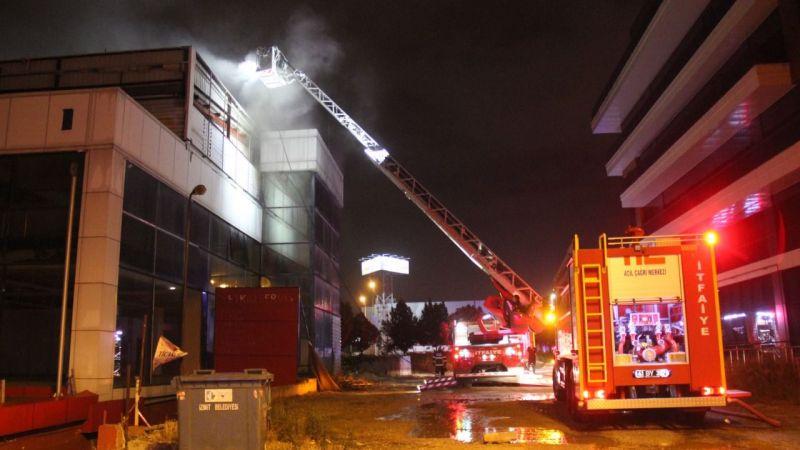 İzmit'teki iş yerinde çıkan yangın korkuttu