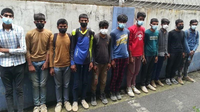 TEM'de durdurulan otobüste 11 göçmen yakalandı