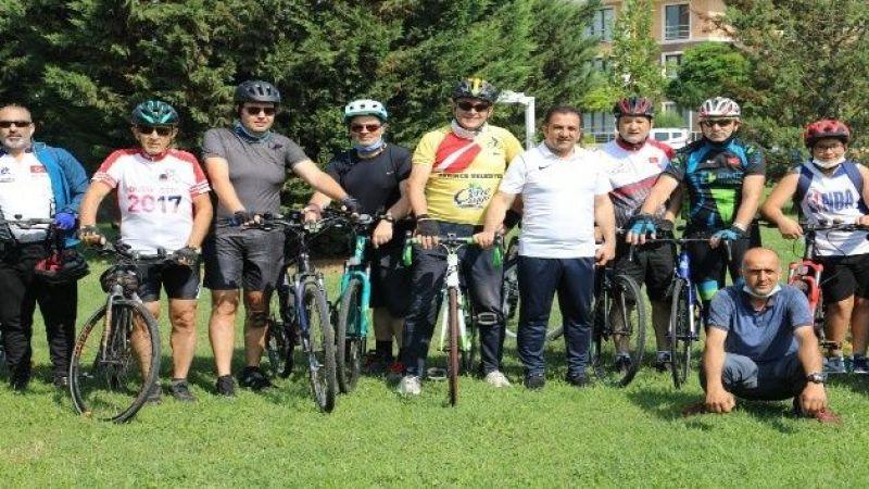 Pedallar sağlıklı yaşam için çevriliyor