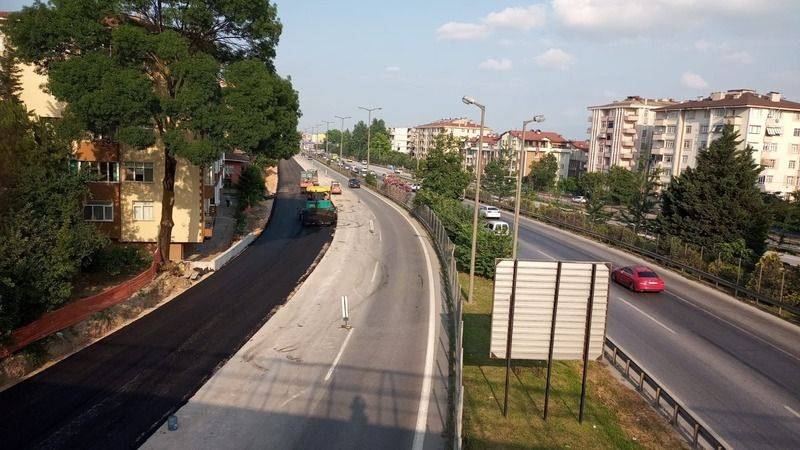 Kuruçeşme tramvay hattı çalışmaları devam ediyor: Genişletilen yola asfalt serildi