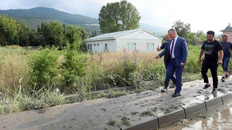 Büyükakın, yaşanan su baskının ardından Maşukiye'de inceleme yaptı