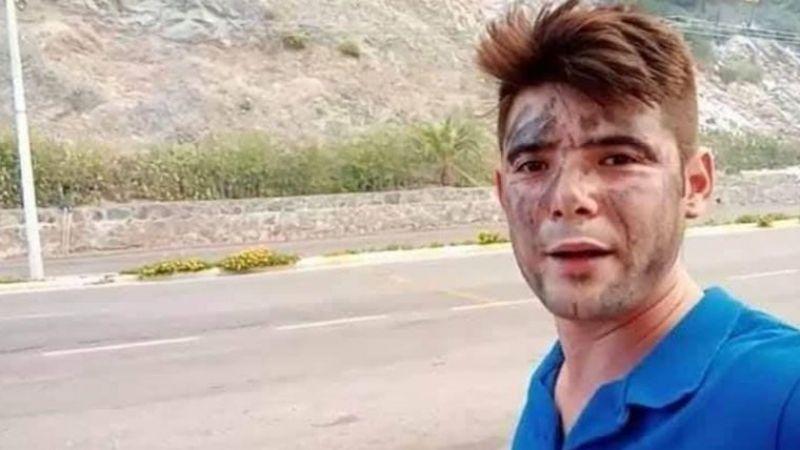 İtfaiyecilere su taşırken alevlerin arasında kalan genç hayatını kaybetti