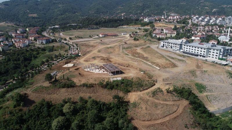 Gölcük Millet Bahçesi'nin yapımı devam ediyor