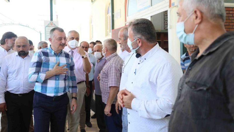 """Büyükakın, İzmit köylerinde: """"Halkımızın her daim yanındayız"""""""