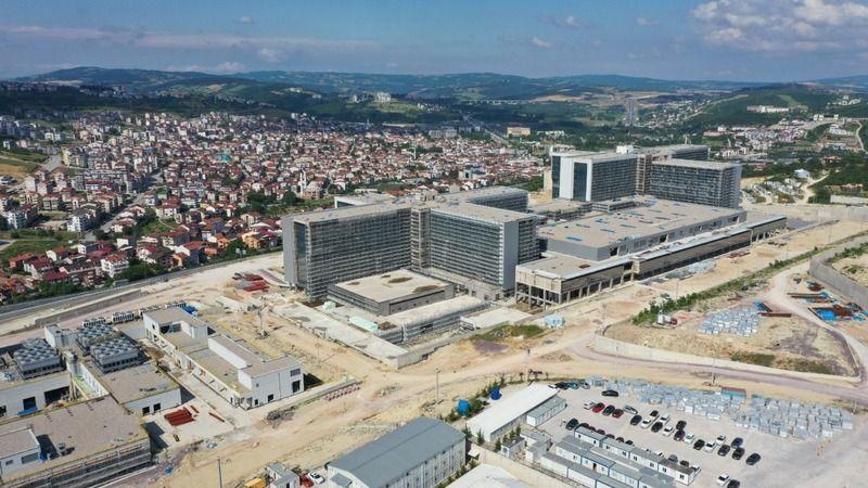 Kocaeli Şehir Hastanesi'nin yapımı sürüyor