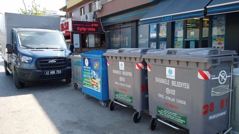 Başiskele'de çöp konteynerleri yenileniyor
