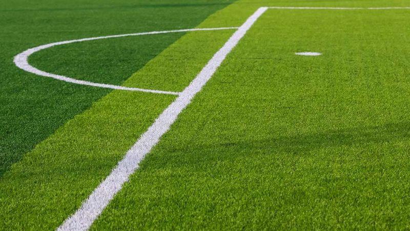 Belediye, spor sahasına suni çim yaptıracak