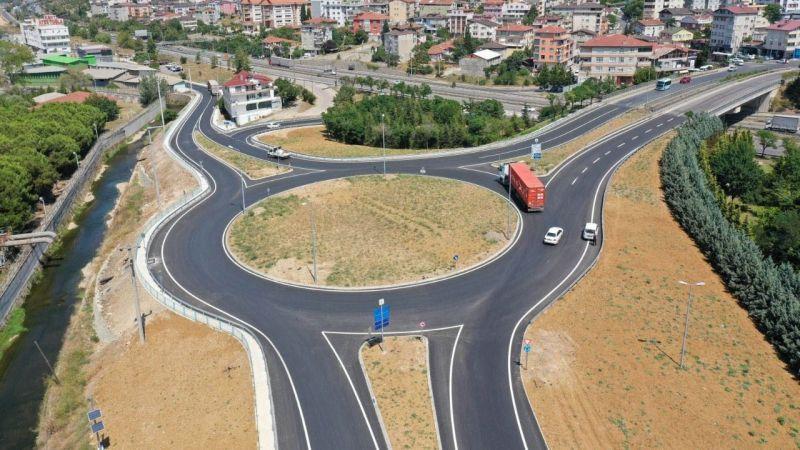 Çiftlik Caddesi'ndeki yeni kavşakla trafik daha güvenli
