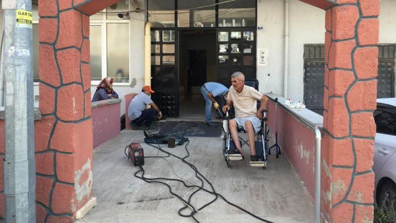 Engelli vatandaş için özel rampa yapıldı