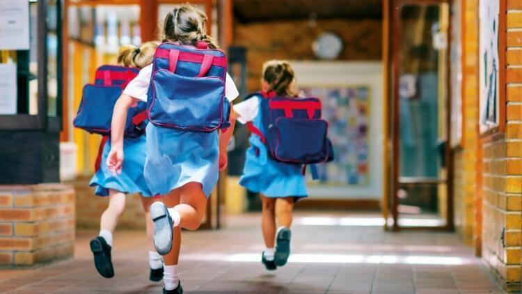 Okullar açılıyor: Bir okul çantası kaça doluyor?