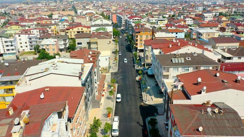 Aşıroğlu Caddesi'nde son kat asfalt serildi