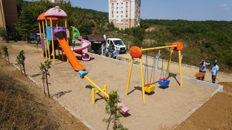 İzmit'te parklar tek tek yenileniyor
