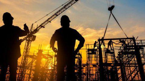 Müteahhitlerden inşaatı durdurma kararı