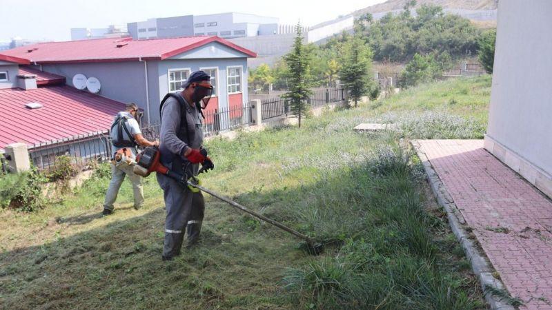 İzmit'te okul bahçeleri öğrenciler için hazırlanıyor