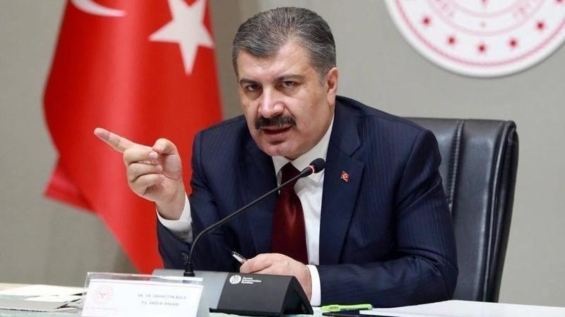 """Sağlık Bakanı Fahrettin Koca'dan kritik uyarı: """"Sosyal hareketlilikle risk artacak"""""""