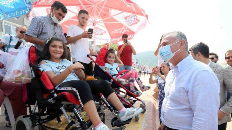 """Büyükakın: """"Engellilerimiz ve aileleri bu kentte asla yalnız değildir"""""""