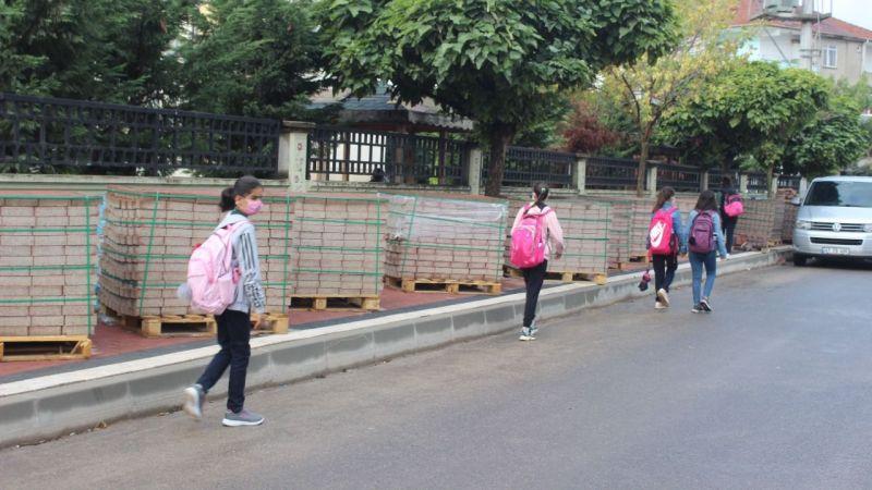 Öğrenciler için tehlikeli yol