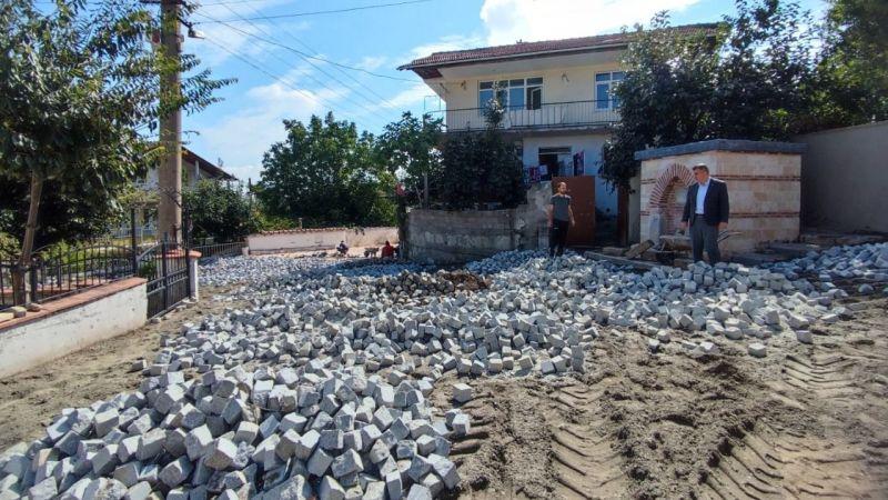 Örcün'de yol ve müze çevresi meydan düzenlemesi