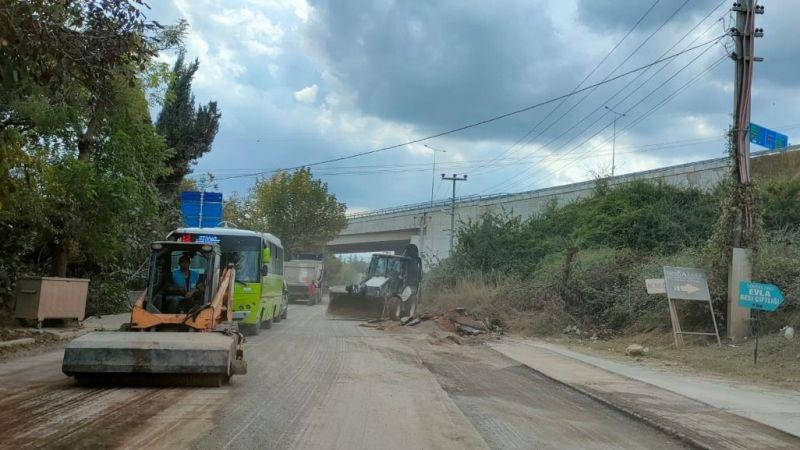İzmit'te asfalt çalışmaları devam ediyor