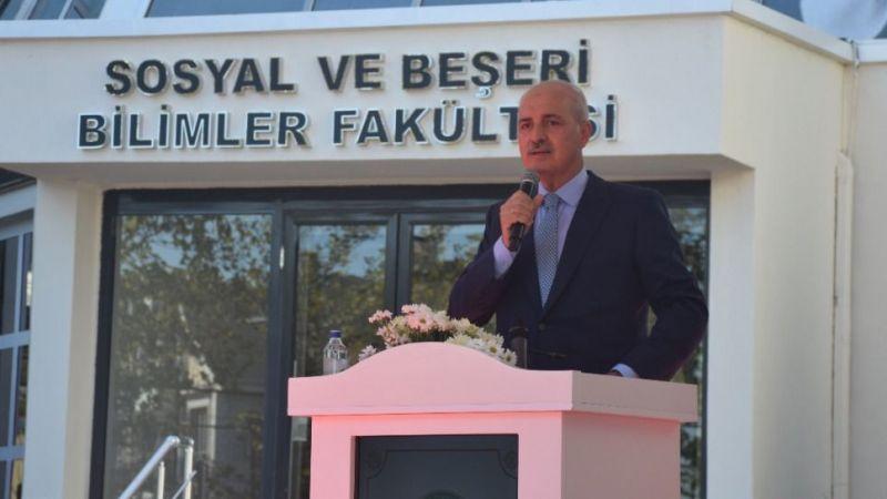 """Numan Kurtulmuş, Kocaeli'de: """"Başörtüsü ile üniversiteye gelmek ayıptı """""""
