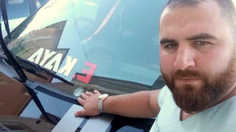 Geyve'de Bayram sabahı maganda kurşunları araçlara isabet etti!