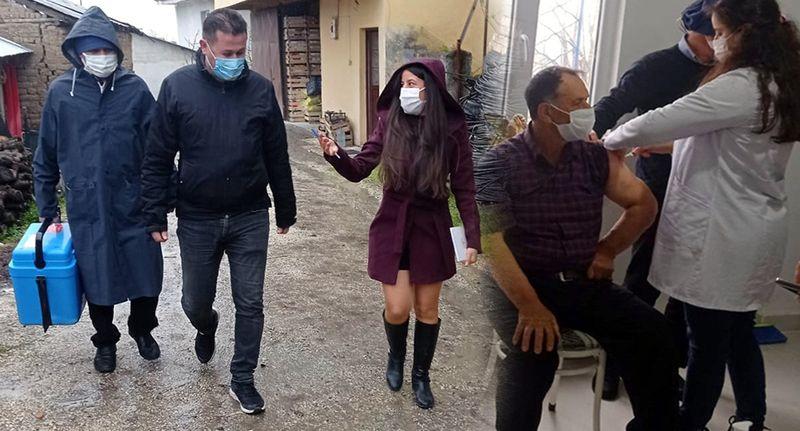 Pamukova'da aşı ekipleri yağmur çamur demeden vatandaşlara koşuyor
