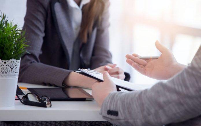İş Mülakatına Nasıl Hazırlanılır? Başarılı Bir Mülakat İçin 10 Altın Tavsiye