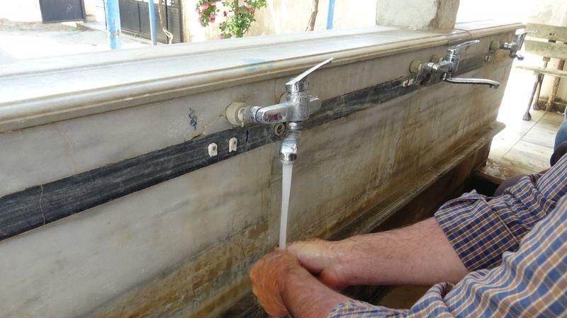 Komşu İlçede bu suyun şeker hastalarına iyi geldiği duyulunca!
