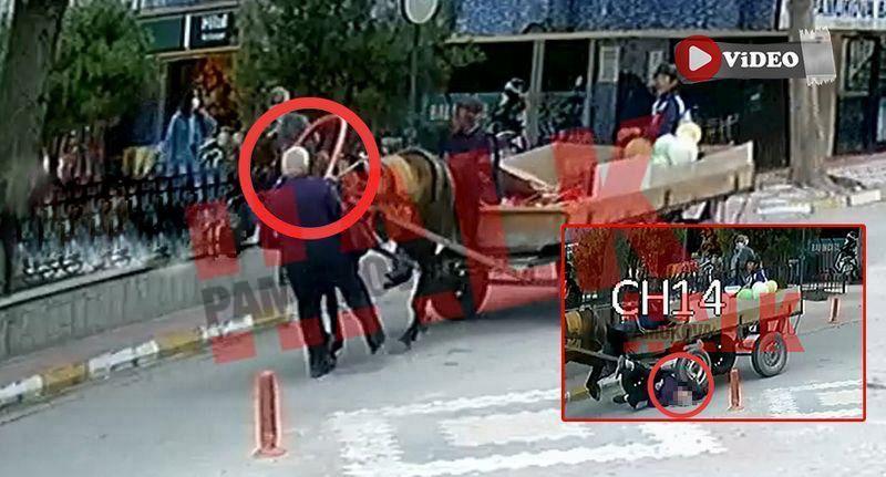 Pamukova da akıllara durgunluk veren kaza! 84 yaşındaki adama at arabası çarptı..!