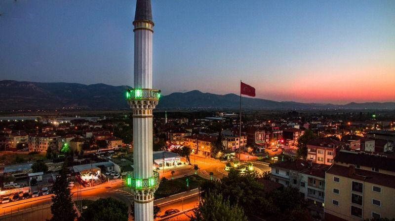 Pamukova'da gece yarısı camilerden selalar yükselecek