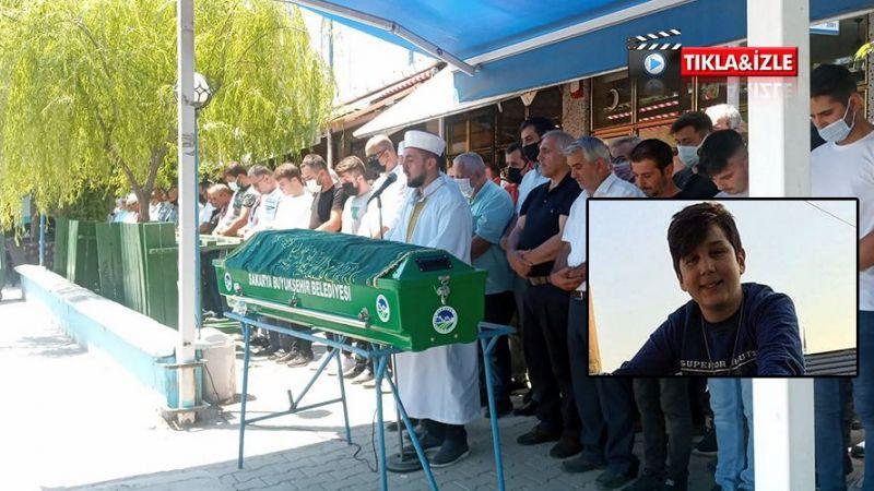Traktör kazasında  hayatını kaybetmişti! 14 yaşındaki Semih gözyaşları içinde toprağa verildi