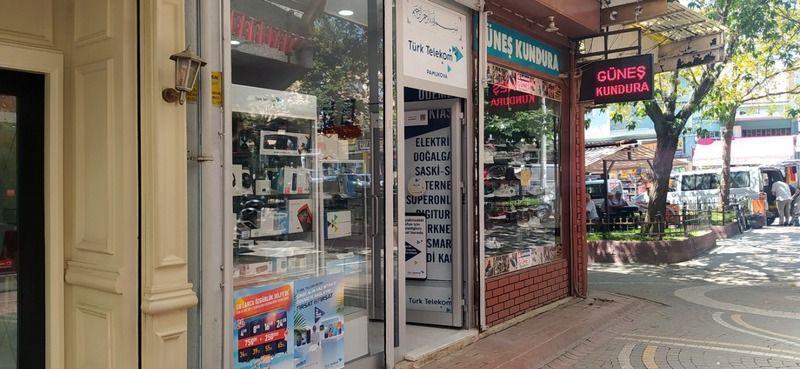 Türk Telekom Bayi Pamukova'da eni yerinde...