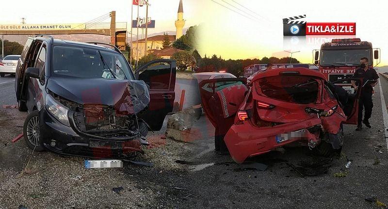 Pamukova'da minibüs otomobile çarptı 2 yaralı!