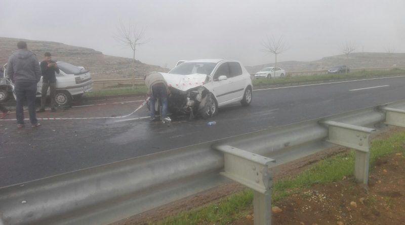 Akabe Yolu'nda kaza: Ağır yaralılar var