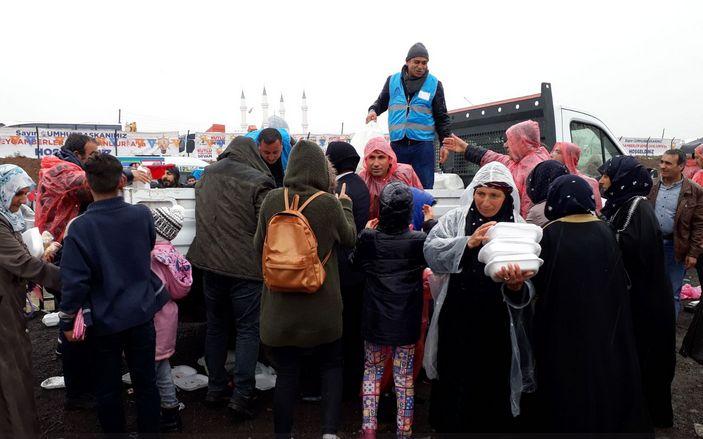 Eyyübiye Belediyesi miting öncesi üzerine düşeni yaptı