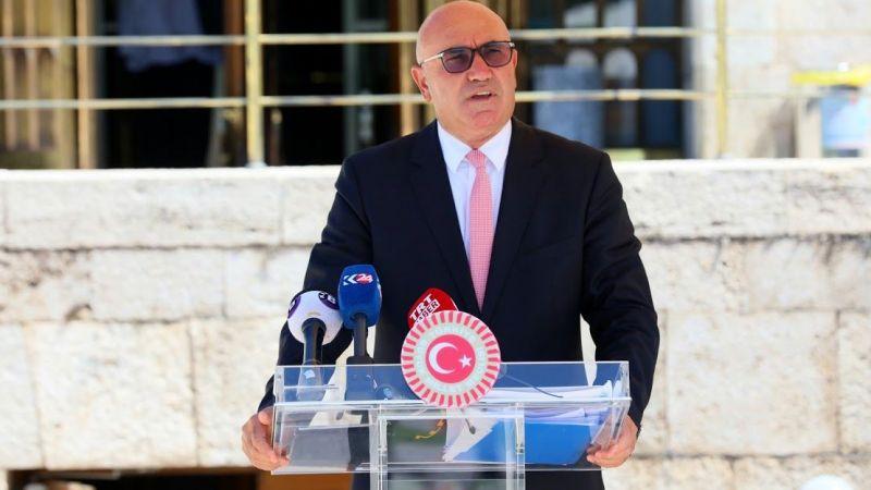 CHP'li Tanal: Dolmabahçe'nin Altın Vazoları Nerede?