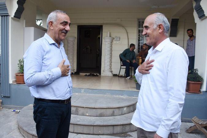 Hilvan Belediye Başkanı Aslan Ali Bayık personelleriyle bayramlaştı